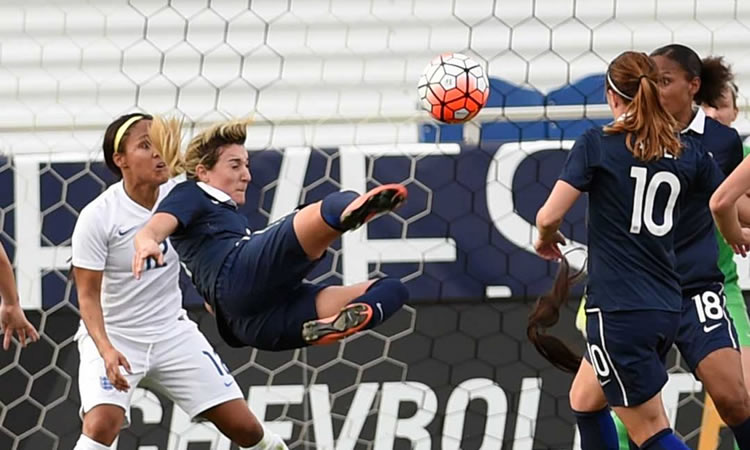 #SHEBELIEVESCUP France – Angleterre (0-0). Un match à interrogations sauf ce geste !