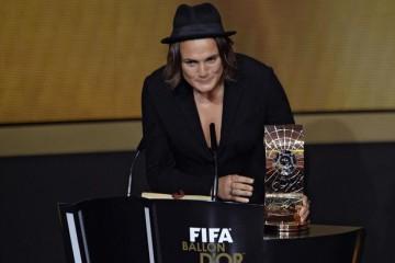 crédit FIFA, Nadine Angerer meilleure joueuse FIFA 2013