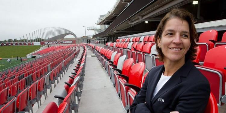 Tatjana Haenni # Responsable FIFA des compétitions féminines # lesfeminines.fr