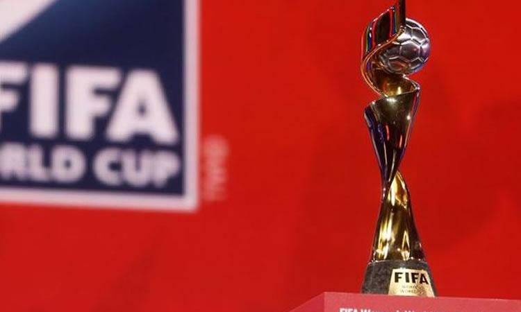 Mondial 2015 –  la Coupe se promène en France