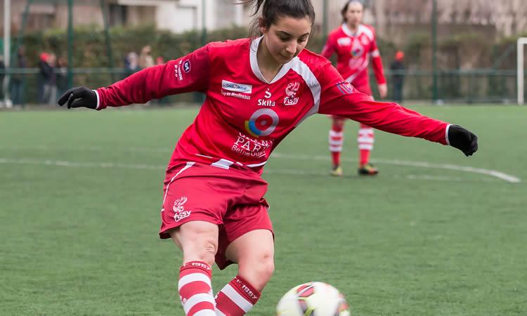 J19 – ISSY FF – ARRAS FF (1-1) – Les deux équipes, condamnées, ont livré un beau combat de football féminin qui ne les a pas départagé.