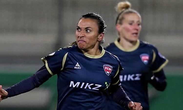 Women's Champions League – Marta, – Rosengard Fc – mieux vaut l'avoir avec soi que contre soi. Même dominée, elle marque.