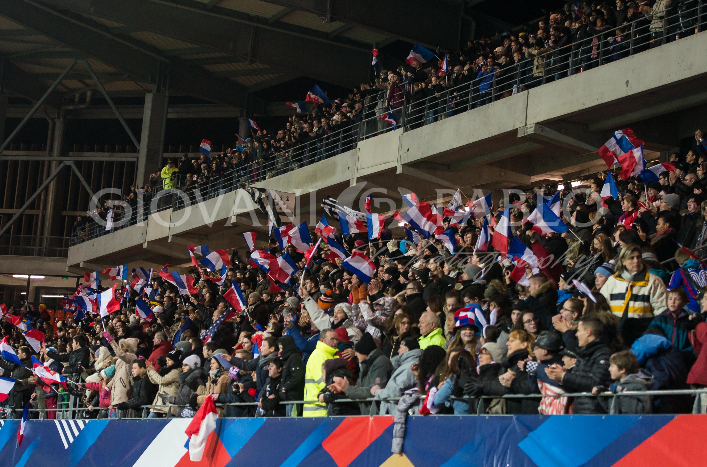 Euro 2016 es-tu là ? Priorité aux hommes que cela viennent de l'UEFA comme de la FFF.