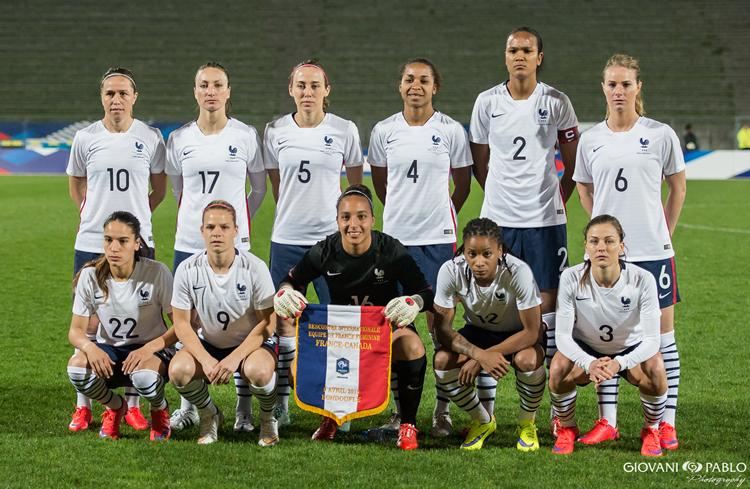 France – le 23 Juin est la date attendue pour porter le maillot de l'équipe de France en Juin 2015, au Canada.