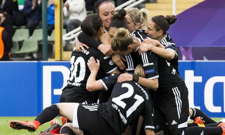 Finale WCL. Paris Saint Germain féminines craque à la 92′ en ayant joué une finale qui était partie pour se finir sur un coup de dé.