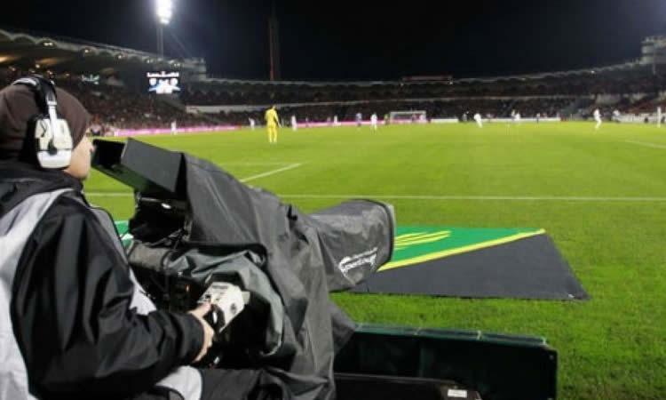 Quand les journalistes défient L'équipe de France… Féminine