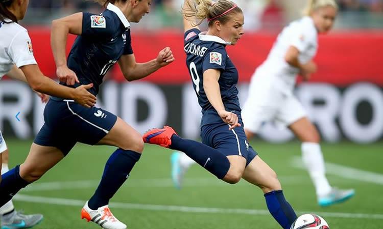 JO Rio 2016 – France – Eugènie Le Sommer est une vraie pile électrique. Elle renverse tout.
