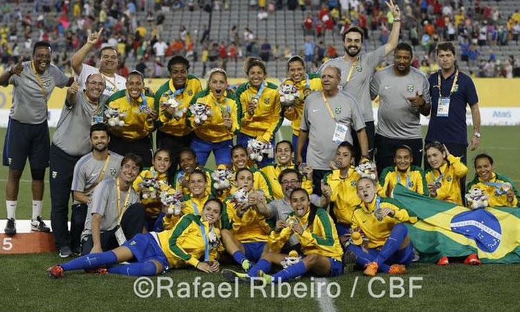 Le Brésil, médaille d'Or des Jeux PanAméricains organisés à Toronto.