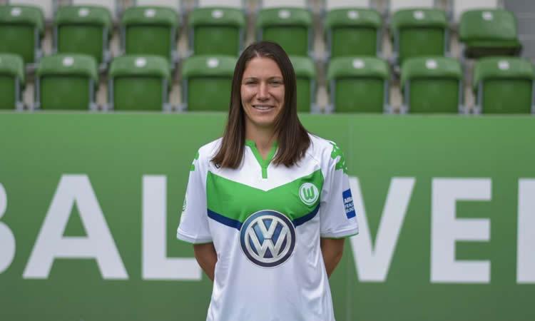 ITW – Elise Bussaglia : je suis ravie d'être à Wolfsburg !