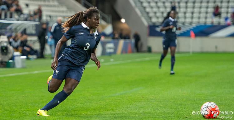 Spécial Equipes de France féminines – L'équipe de France B à Clairefontaine, la force de la D1F.