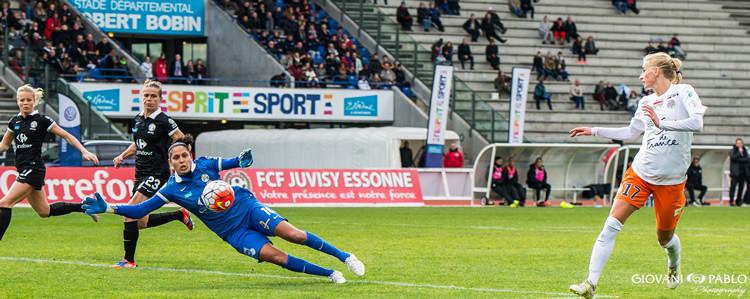 Sofia Jakobsson égalise face à Juvisy (1-1). Crédit Gianni Pablo. Lesfeminines.fr
