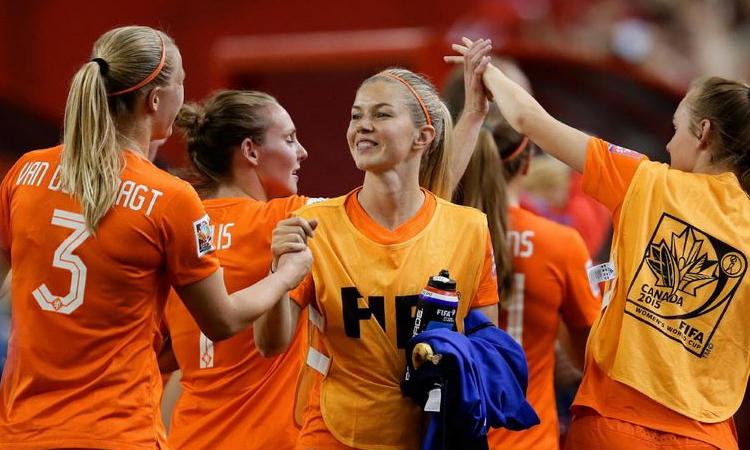 EDF – Amical – France-Pays Bas. Un beau challenge face à aux Lionnes Oranges qui montent.
