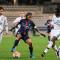 Paris Saint Germain - Olympique Lyonnais. Shirley Cruz entourée de Kumagai et MBock. Crédit : Giovanni Pablo. Lesfeminines.fr