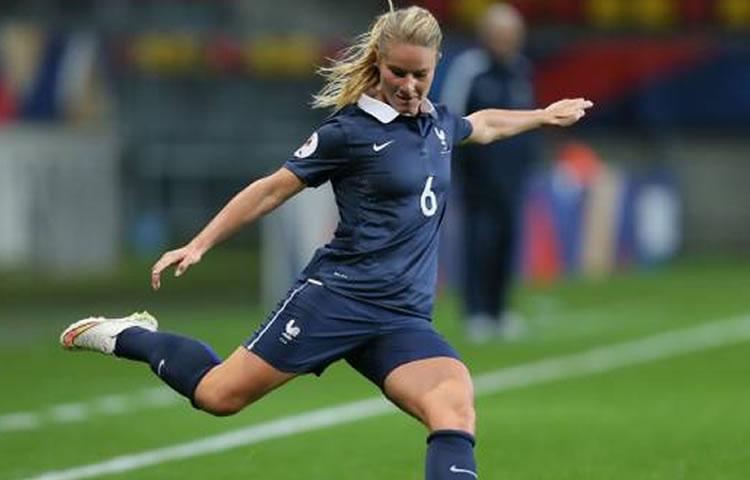 EDF – France – Amandine Henry remplacée par Viviane Asseyi, Laure Boulleau par Sakina Karchaoui.