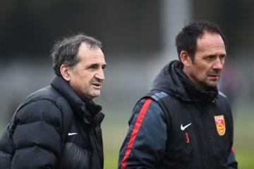 Bruno Bini et son coach Eric Garcin lors de leur préparation en France. Crédit lesfeminines.fr