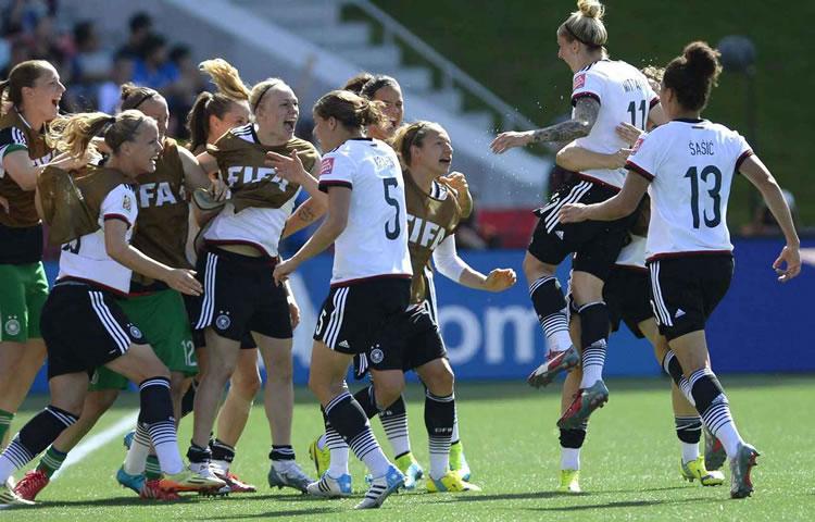 EDF- «ShebelievesCup». La Mannschaft s'attend à un gros match face à la France.