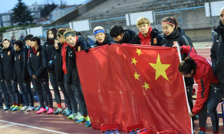 Chine – Bruno Bini : «Nous sommes redevenus les Steels Roses.»