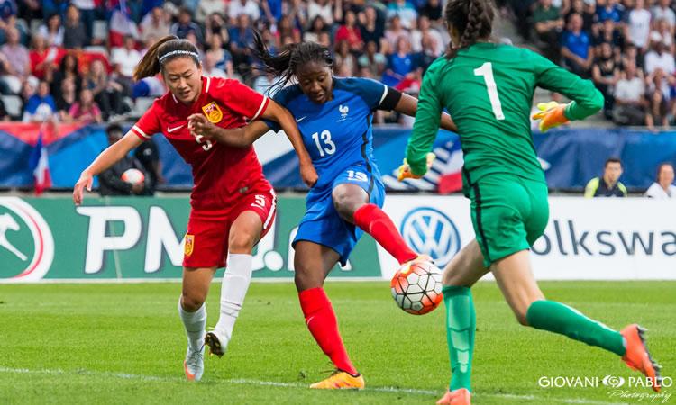 France – Stade des Alpes – France – Brésil (1-1) Du coeur à l'ouvrage pour les deux équipes.