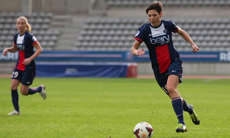 ITW- Linda Bresonik, star allemande, décortique les raisons de son choix du PSG en 2012.