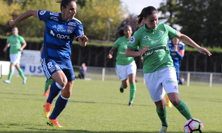 #D1F – Saint-Etienne plonge en D2F. Et si on mettait une femme coach pour la former ?
