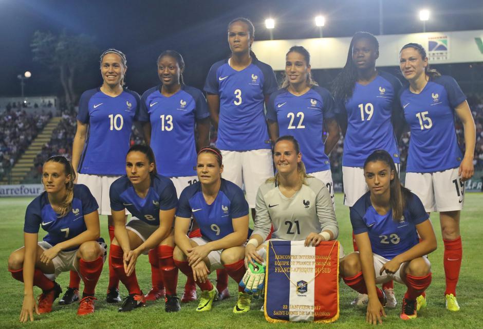Equipe de France – La France, sans forcer prend le meilleur sur l'Afrique du Sud (2-0).