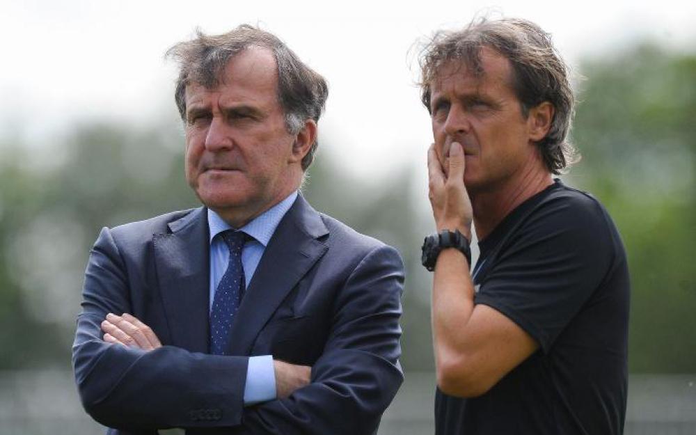 Management : Un mariage à trois ou à deux ? Un mariage, c'est certain ! Le Grand Paris. Paris FC, Juvisy, Racing ?