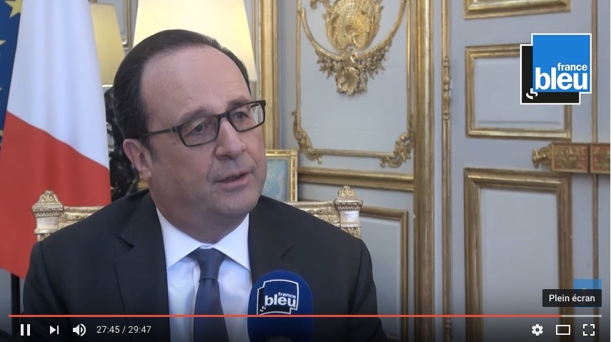 Le Président des Journalistes Jacques Vendroux reçoit le Président de la République François Hollande