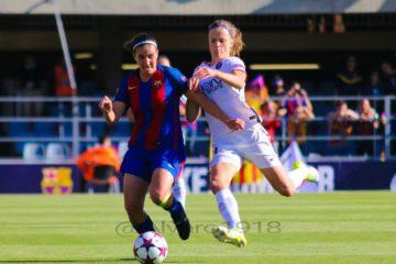 Barcelone-Paris Saint germain (0-3) Irène Paredes qui s'impose face à son adversaire. Crédit FutBol Feminino. Lesfeminines.fr