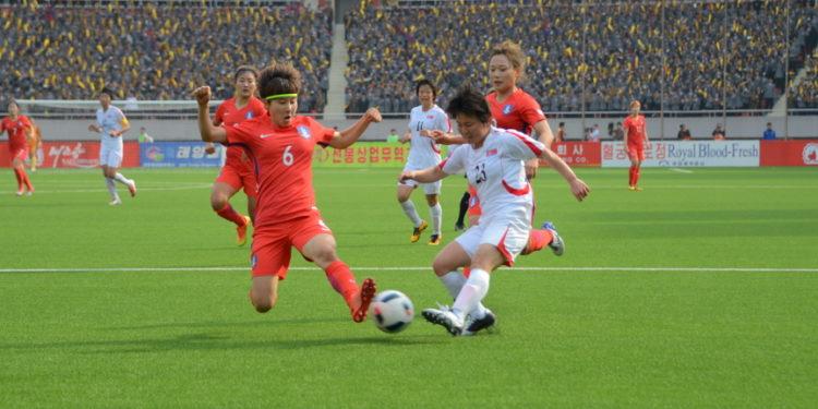 Corée du Nord face à la Corée du Sud. Stade plein. Crédit. Corée du Nord. Lesfeminines.fr