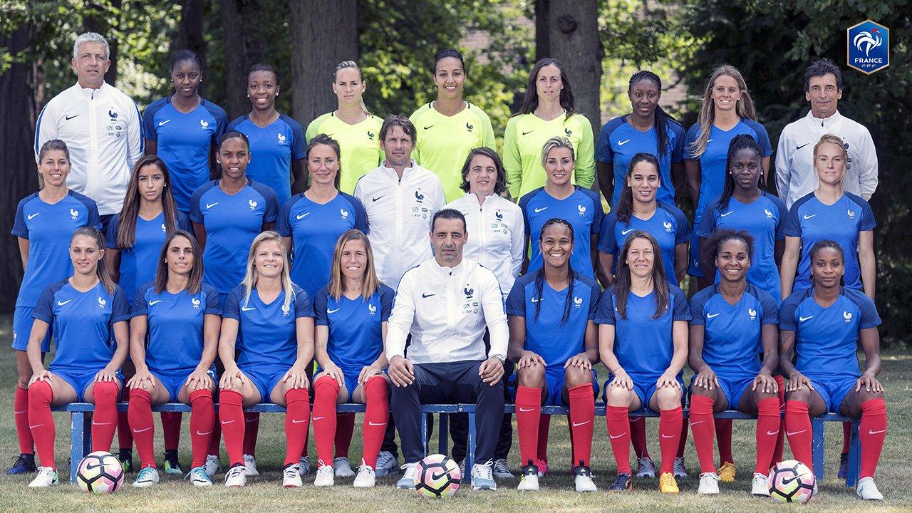 VIDEOS FFF – Le premier bilan de stage de l'équipe de France avec Olivier Echouafni.