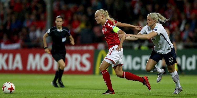 Pernille Harder, danemark, a poussé le Danemark à se qualifier laissant la Norvège loin derrière. Crédit UEFA. LEsfeminines.fr