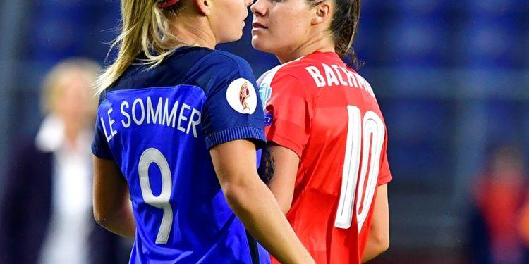 L'Equipe de France sait s'opposer et se battre face aux évenements. Crédit UEFA. Lesfeminines.fr