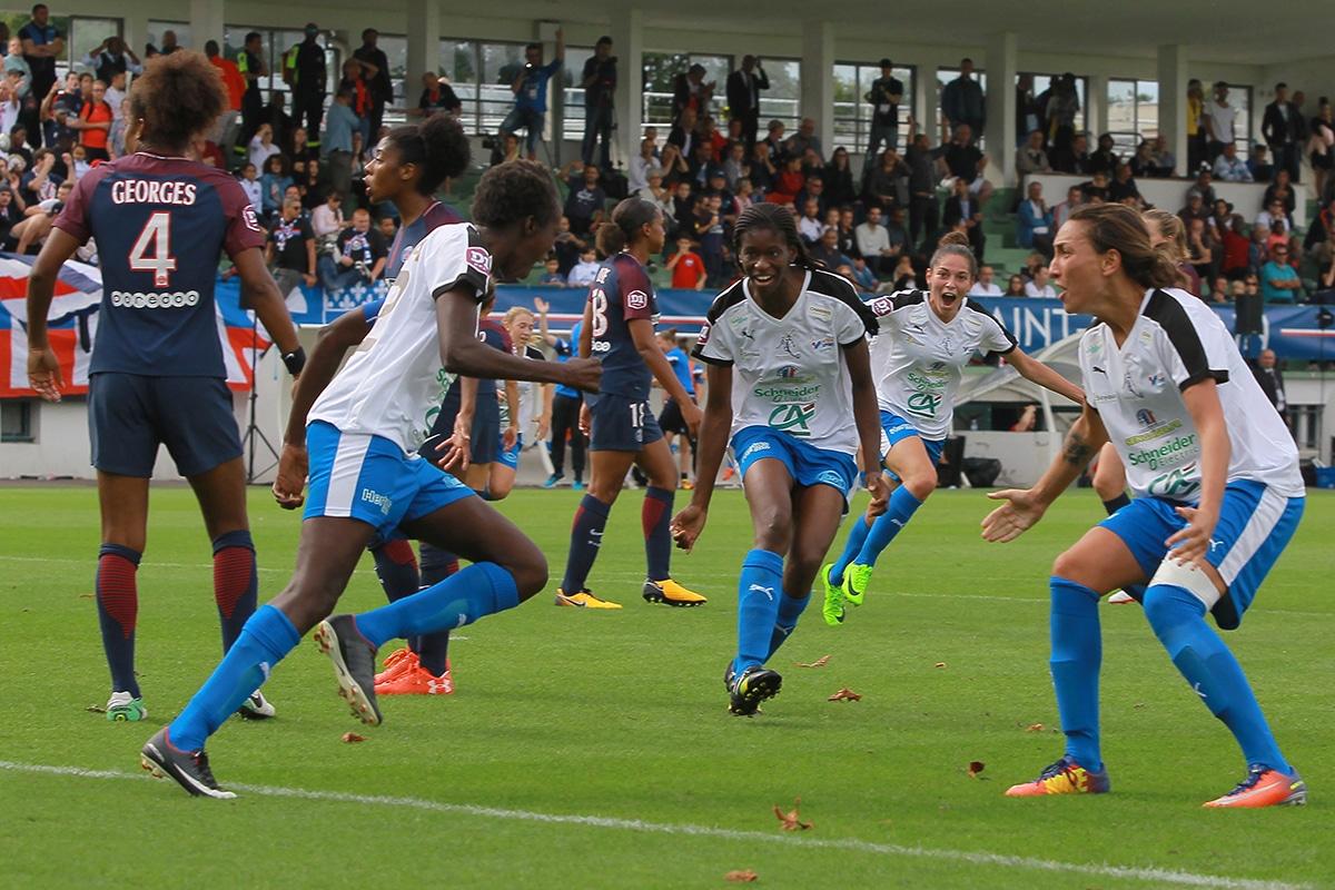 1/2 finale Coupe de France : Lyon et le PSG pour un remake de 2017 ou la surprise des chefs avec Montpellier et Soyaux ?