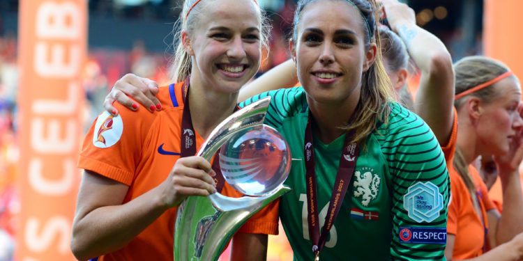 Jackie Groenen. Championne d'Europe. Crédit Katrin Müller. Lesfeminines.fr