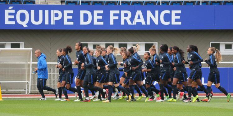 le groupe France de la première sélection de Corinne Diacre. Source fff. Lesfeminines.fr