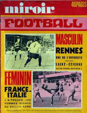 Football féminin. le traitement du port à l'époque. Credit lesfeminines.fr