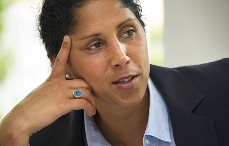 Amical – Allemagne – France : Steffi Jones mise sur la sellette en Allemagne