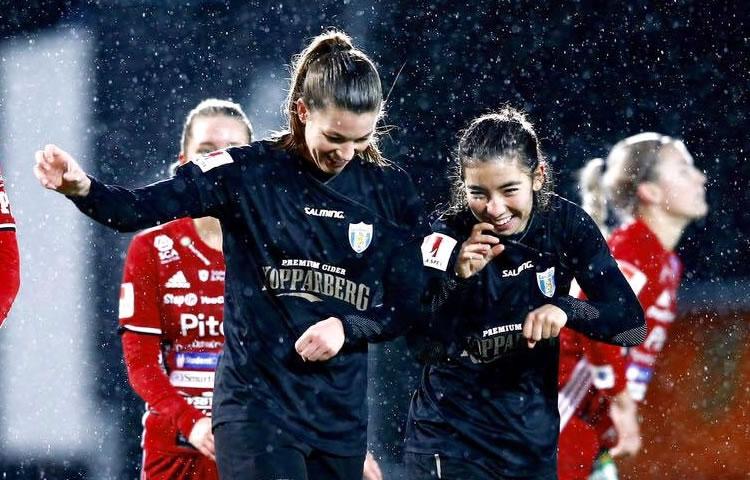 EDF U20 sélection – Gilles Eyquem sort de sa poche une française de l'étranger. Née à Londres, joueuse à Goteborg avec un prénom perse et un nom breton !