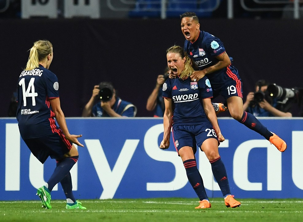 Amandine Henry explose après son égalisation (1-1). Crédit UEFA. Lesfeminines.fr