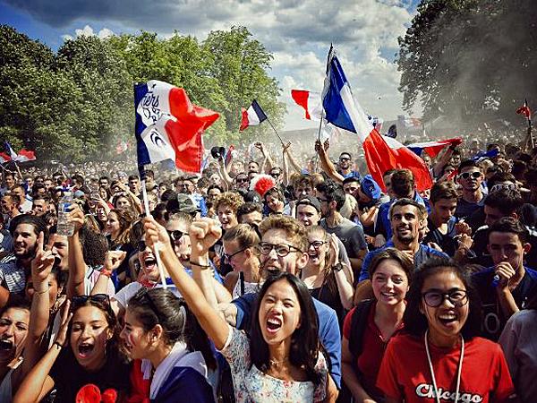 Le regard de Camille Cordouan : «Aux AR-MES ! Soyez avec nous en 2019 !»