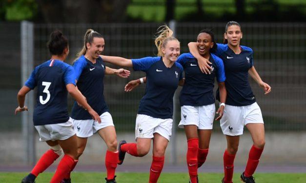 Mondial U20 – Début du tournoi. Le groupe A et B entrent en scène. La France fait ses yeux doux aux Bleuettes.